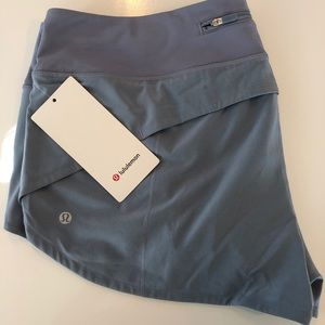 """NEW! Lululemon Speed Up 2.5"""" Shorts - Gray"""
